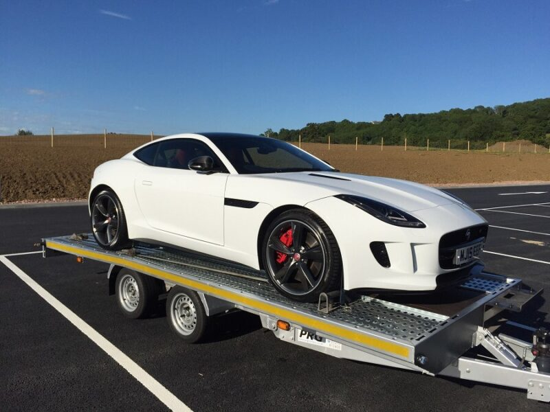 Jaguar F-type Corporate Delivery by Zoom