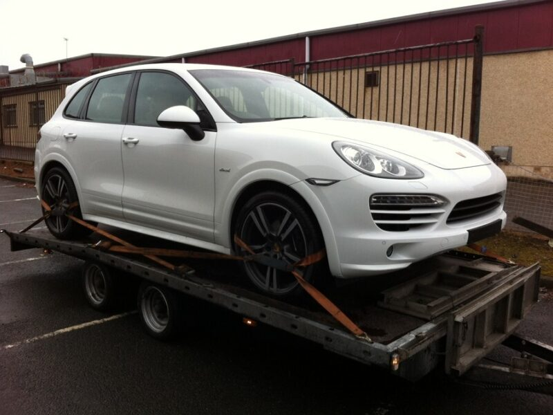 Porsche Cayenne transport