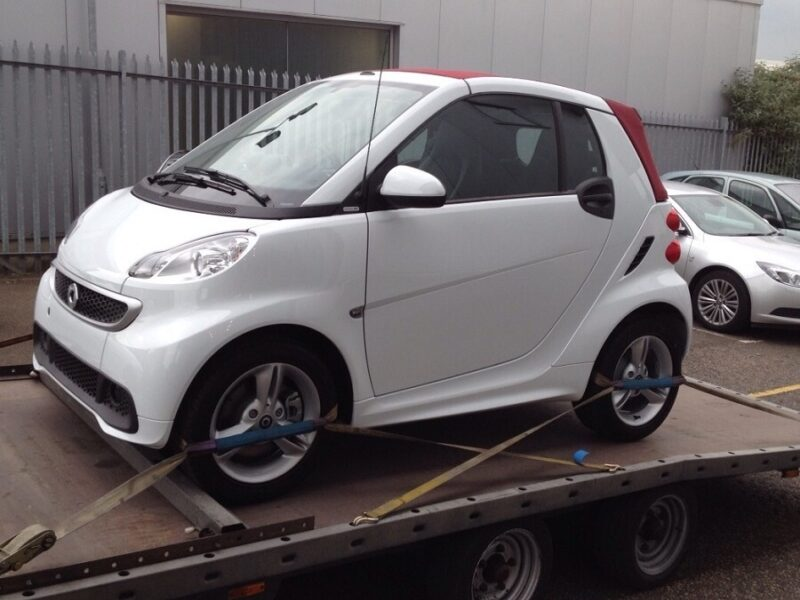 Smart FourTwo Cabriolet Transport by Zoom