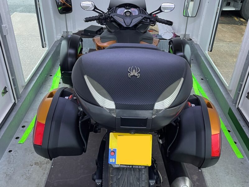 Can Am Sypder 3 wheeled motorcycle transport