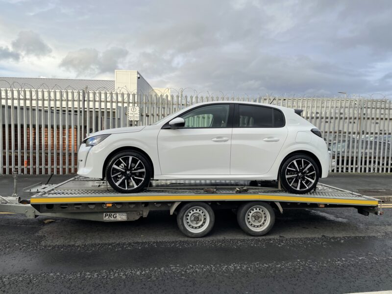 Peugeot 208 collected from Swansway Chester for delivery to its new owner