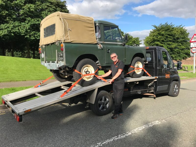 Classic Land Rover Series 2a Transport by Andrew at Zoom