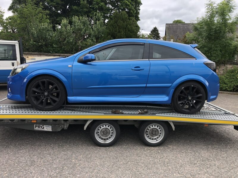 Vauxhall Astra VXR Transport by Zoom